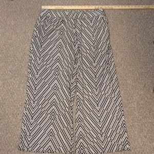 Gently Used Lane Bryant wise Leg Palazzo Pant